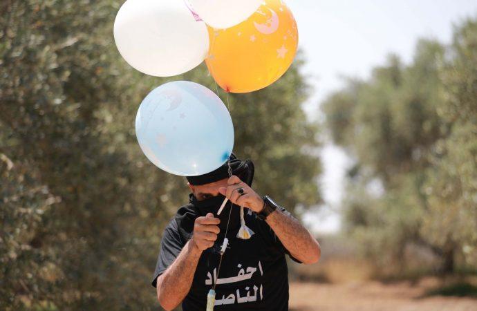 Israel detiene las transferencias de combustible a Gaza por ataques con globos incendiarios