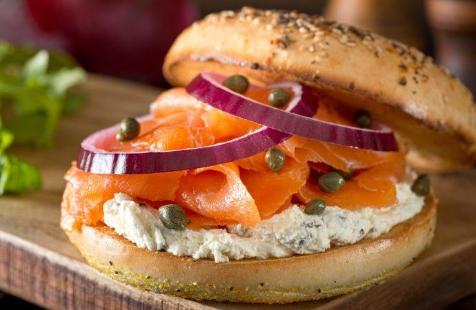Seis alimentos judíos favoritos que debes dejar de comer