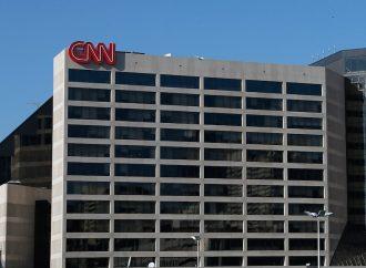 Renunció editor de fotos de CNN