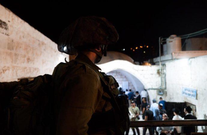 Ataque terrorista evitado cuando 1.200 fieles visitan la tumba de Iosef