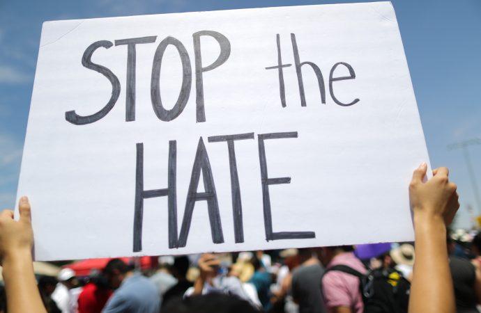 Se necesita una respuesta al estilo del 11 de septiembre para luchar contra los supremacistas blancos