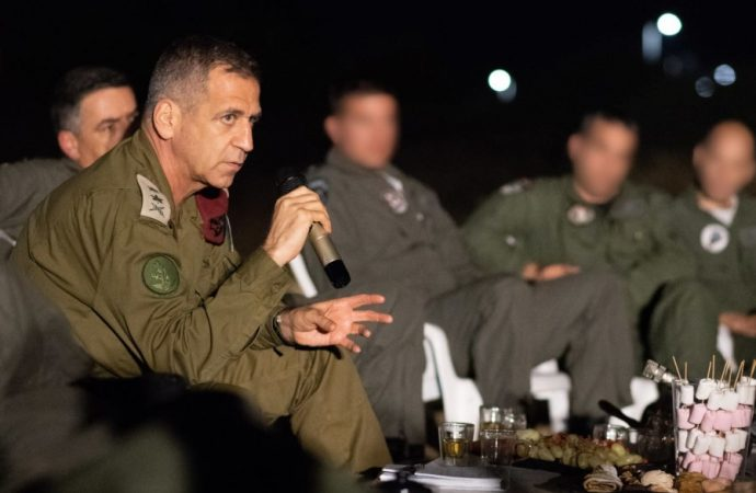 """""""Todos los frentes 'frágiles' podrían deteriorarse en una guerra"""""""
