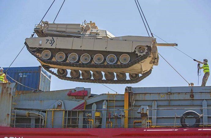 Estados Unidos revertirá la retirada del noreste de Siria y agregará tanques