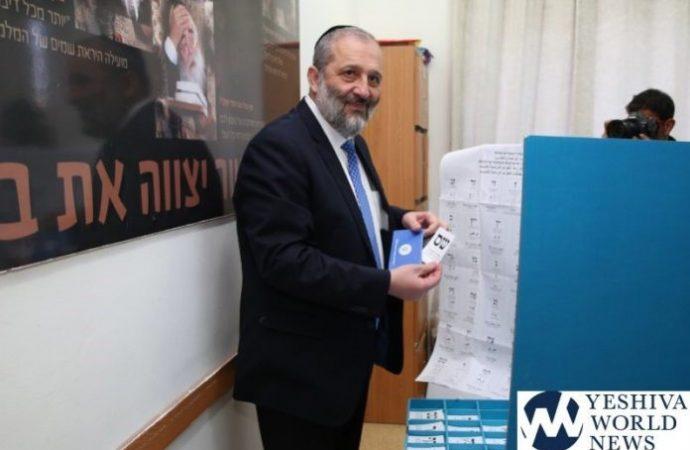 Deri llama a Netanyahu y Gantz a evitar elecciones