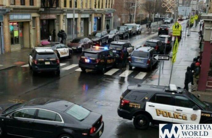 Mujer afroamericana ayuda a víctima jasídica de un disparo en Jersey City