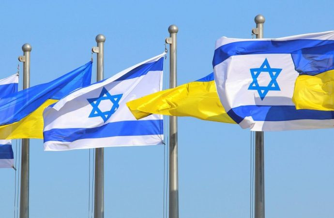 """Israel """"confundido""""' por el tribunal de Ucrania reinstalando al diplomático que culpó a los judíos por la Segunda Guerra Mundial"""