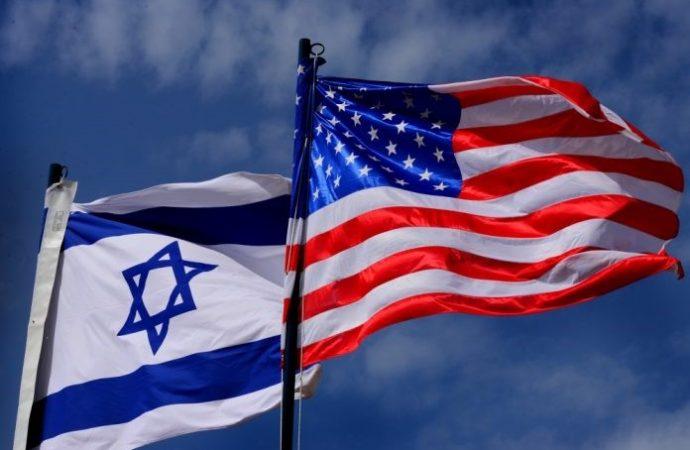 Estudiantes iraníes se niegan a pisotear banderas estadounidenses e israelíes