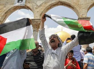 Cientos de árabes se amotinan en el Monte del Templo