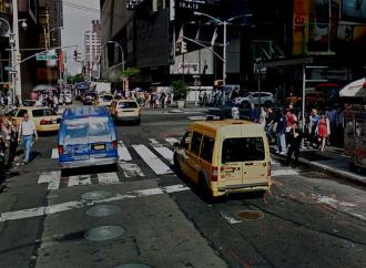 Hombre arrestado por maldecir pareja jasídica en el centro de Manhattan