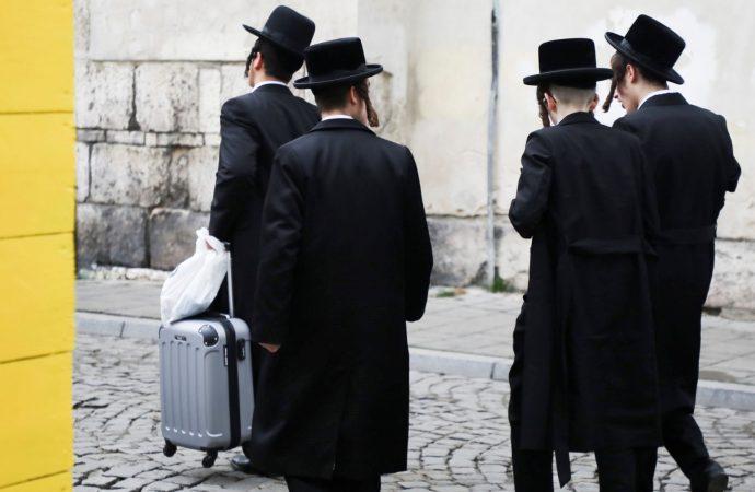 Mi comunidad jasídica me enseñó a evitar a los no judíos, pero decidí vivir de manera diferente. ¿Y si tenían razón?