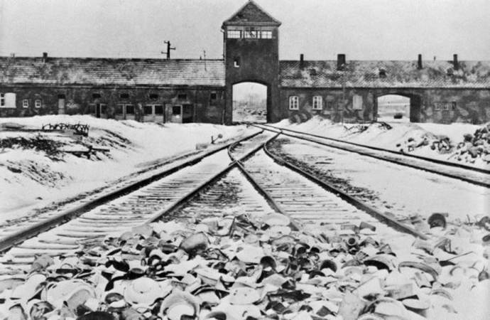La disputa entre Rusia y Polonia sobre la historia nubla el aniversario de Auschwitz