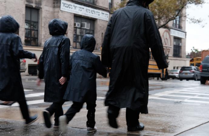 No puedes defender a los judíos ortodoxos haredi contra la violencia mientras demonizas nuestras escuelas