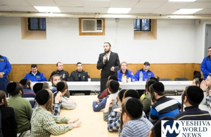 Boyan Yeshiva Boys escriben cartas de agradecimiento a la Policía de Nueva York