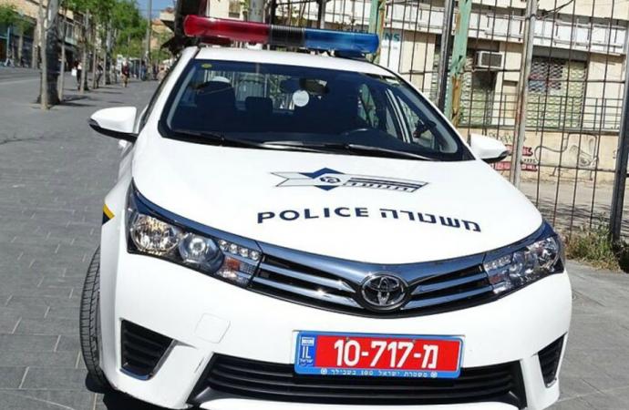 Vandalismo árabe en French Hill: docenas de parabrisas destrozados durante la noche