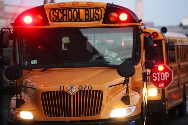 Todas las escuelas, incluyendo Yeshivot, cerrarán el miércoles