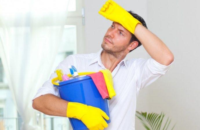 ¿Cómo puedo hacer que mi familia me ayude con la limpieza de la Pésaj?