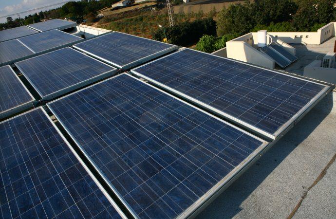 Israel establece un récord histórico en el uso de energías renovables