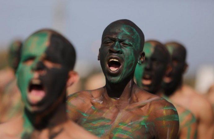 Terroristas de Hamas en Gaza conmocionados después de que el comandante superior huyera a Israel