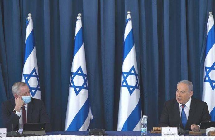 La UE invierte millones en la construcción árabe ilegal en el área C mientras Bibi y Gantz se detienen