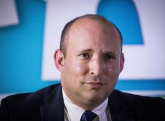 Likud se hunde rápido, Lapid y Bennett aumentan
