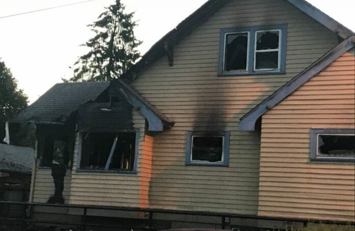 El segundo incendio en la semana deja un daño significativo al centro de Jabad de Portland