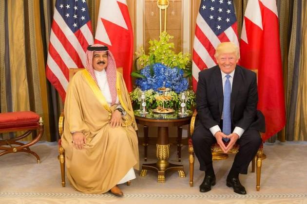 """Bahrein se une a los Emiratos Arabes Unidos """"normalizando completamente las relaciones"""" con Israel"""