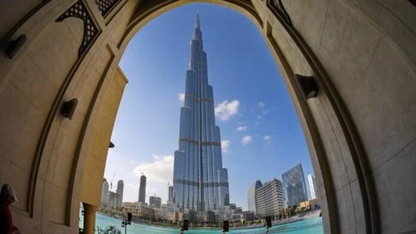 El primer restaurante kosher de los EAU abre en el edificio más alto del mundo