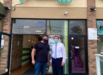 """<strong>Estados Unidos.</strong> Propietario de café kosher en Brooklyn recibe """"un gran apoyo"""" después de una multa errónea"""