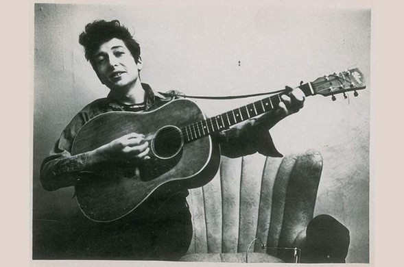 Bob Dylan en nota no publicada: Los judíos son prestamistas y comerciantes porque eso es todo lo que estaba abierto a ellos