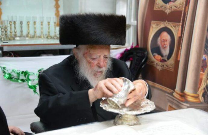 HaRav Jaim Kanievsky continúa su rutina habitual de Sucot