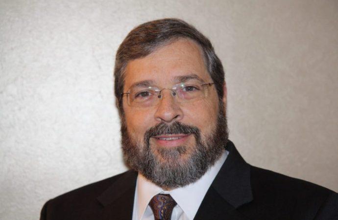 El rabino Abba Cohen de Agudah se une al consejo asesor de seguridad nacional como líder de una entidad religiosa