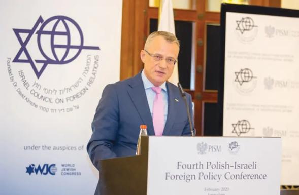 Se profundiza la disputa entre Israel y Polonia por aberrante proyecto de ley