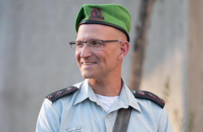 El nuevo comandante de las FDI se derrumba y muere durante el simulacro