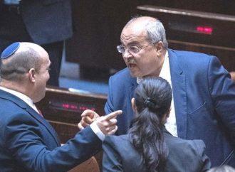 Ofertas conjuntas de la lista árabe para respaldar el presupuesto de la coalición: Mejor Bennett que Bibi