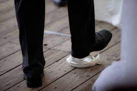 Romper la copa en la boda y el Bet HaMikdash