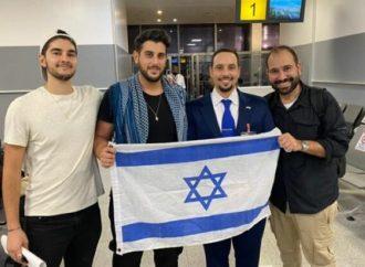 """Tres israelíes en Nigeria liberados después de """"condiciones horribles"""" en la cárcel durante 20 días"""