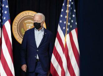 """Fuga de un teléfono celular: Biden presionó al presidente afgano para que mintiera al mundo y cambiara la """"percepción"""" sobre el progreso de los talibanes"""