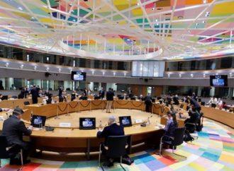 """El director de UNRWA se enfrenta a preguntas en el Parlamento de la UE sobre el """"discurso de odio y la violencia"""" en los libros de texto palestinos"""