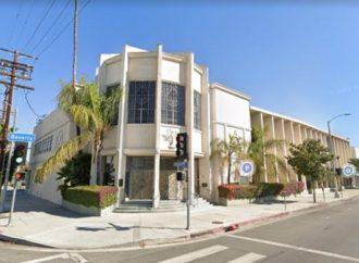 Policía de Los Angeles busca al hombre que intentó atropellar a mujeres judías fuera de la sinagoga