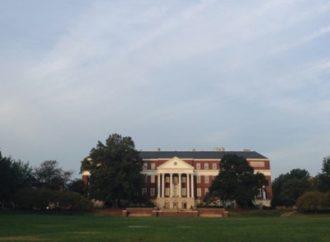 """La Universidad de Maryland condena el antisemitismo después de que se encontraron volantes de """"conspiración judía"""" en el campus"""